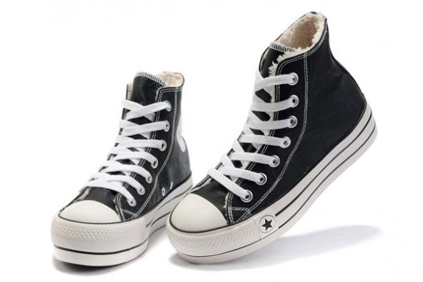 converse nere in pelle donna